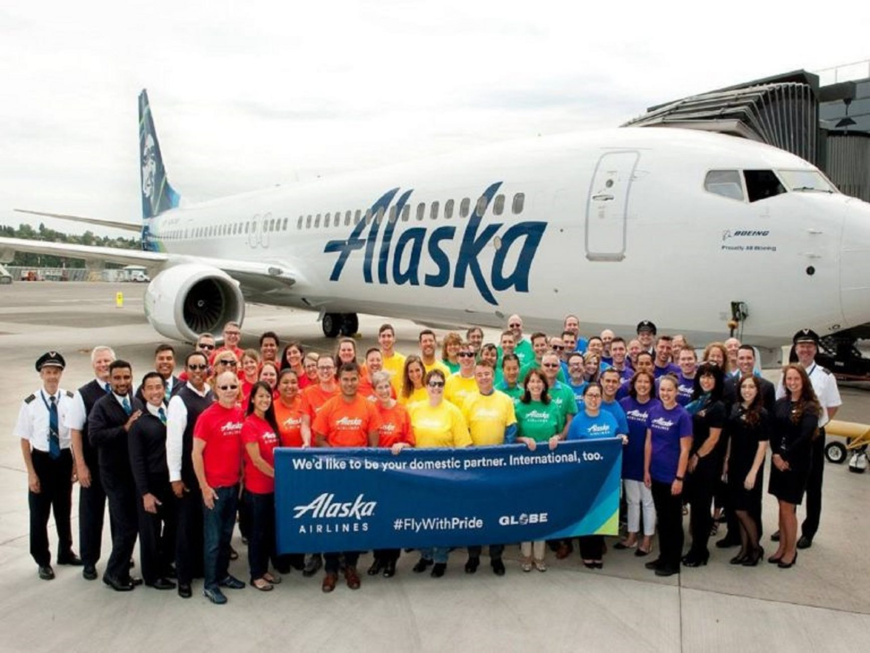 Alaska Airlines is NOW HIRING Work from Home Reservations Agents with Full Time Benefits