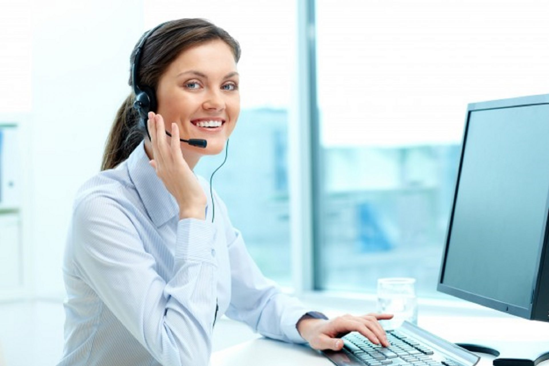 Work-at-Home Customer Support – Sutherland is Hiring in All 50 States